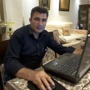 علیرضا جزندری، گرافیست و طراح سایت و طراح جلد کتاب